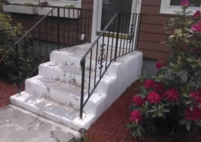 Cheshire Front Steps Before 2 Flagler