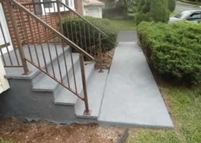 Cheshire Steps & Walkway Rolled Out Color Raw Gray